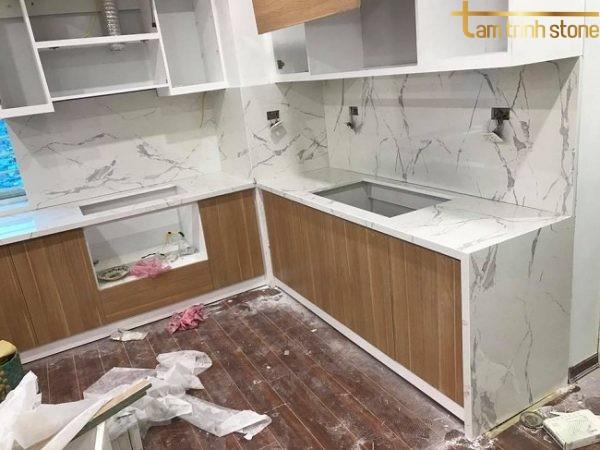 Đá bàn bếp BB13
