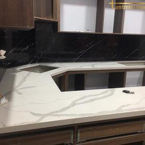 Đá bàn bếp BB31