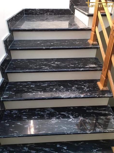 Đá ốp cầu thang PB01