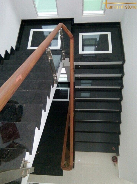 Đá ốp cầu thang PB14
