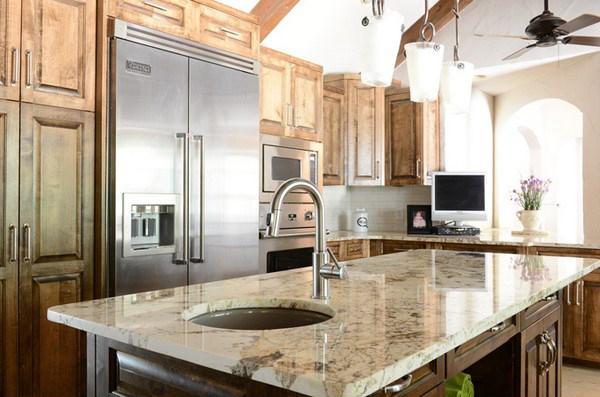 Ứng dụng đá tự nhiên Granite trong thiết kế mặt bàn phòng bếp hiện đại