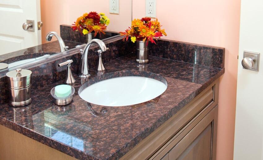 Đá cẩm thạch sử dụng làm bàn đá lavabo