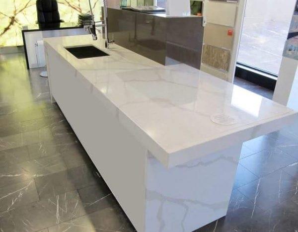 Đá bàn bếp sử dụng đá cẩm thạch