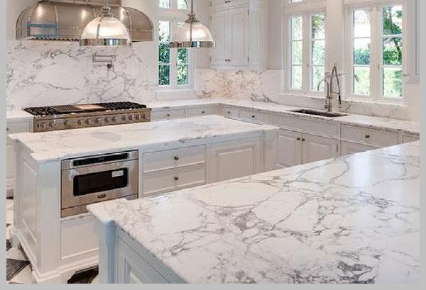 Đá tự nhiên marble thích hợp cho không gian bàn bếp