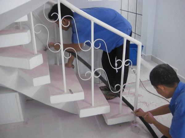 Hướng dẫn cách bảo quản đá cầu thang