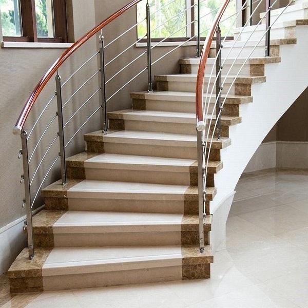 bảo quản đá cầu thang luôn được mới