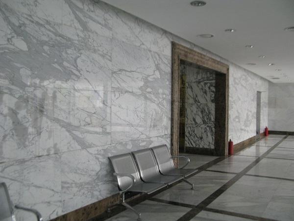Đá hoa cương sử dụng ốp mặt tường