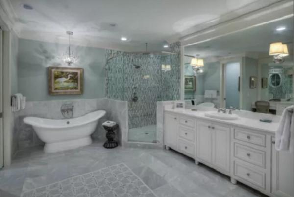Đá marble ốp lát phòng tắm
