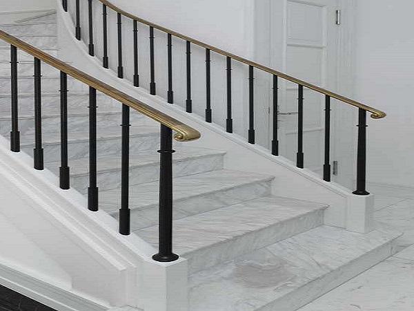 Đá lát cầu thang